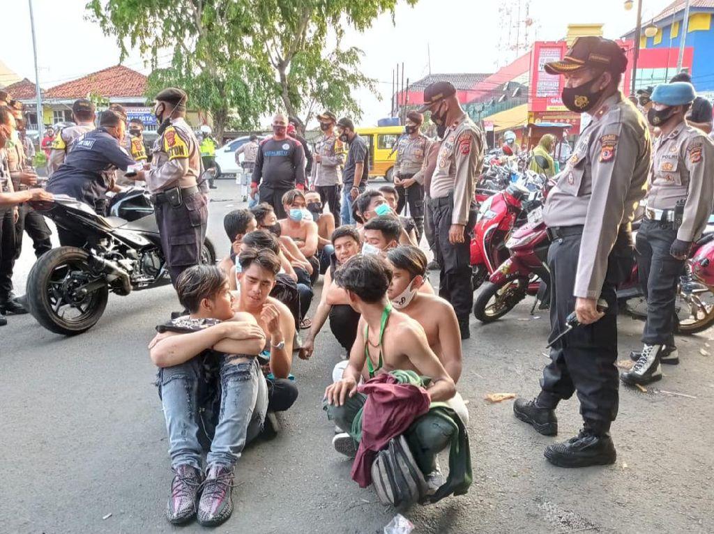 Hendak Demo ke Jakarta, 33 Pelajar Ditangkap Polisi di Karawang