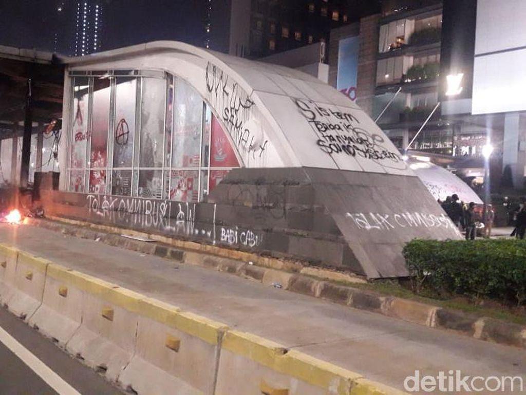 Begini Kerusakan Fasilitas MRT Imbas Aksi Massa Tolak Omnibus Law