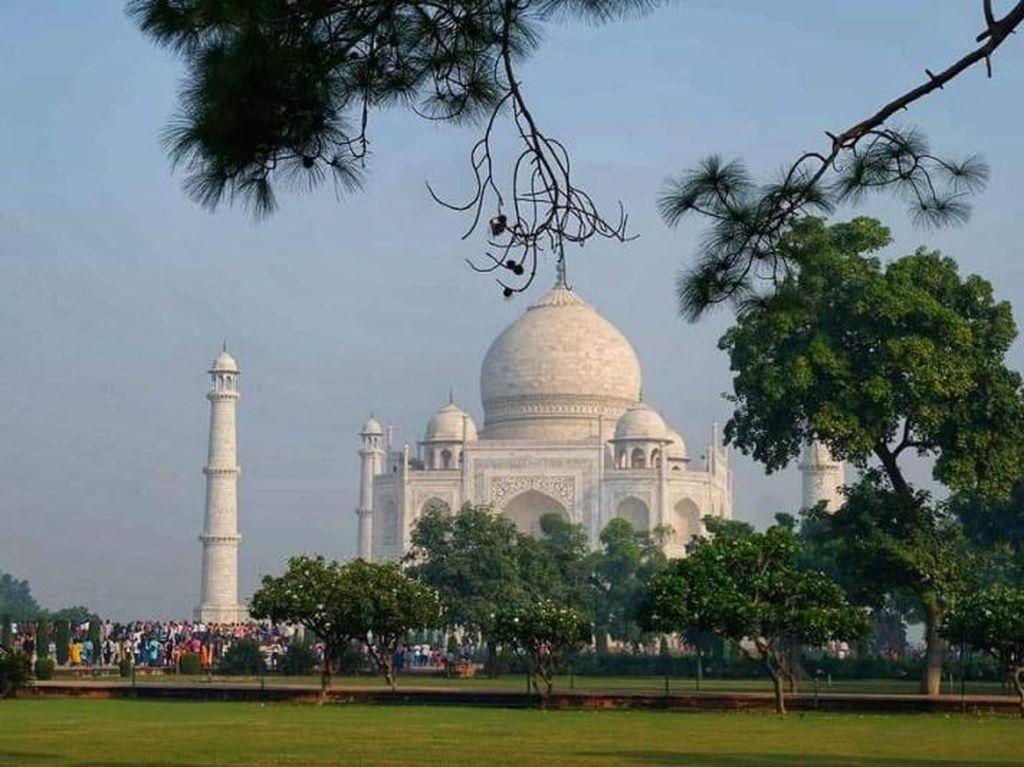 India Buka Perbatasan, tapi Turis Nanti Dulu