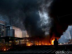 Polisi Terbuka Gunakan Investigasi Media untuk Cari Pembakar Halte Sarinah
