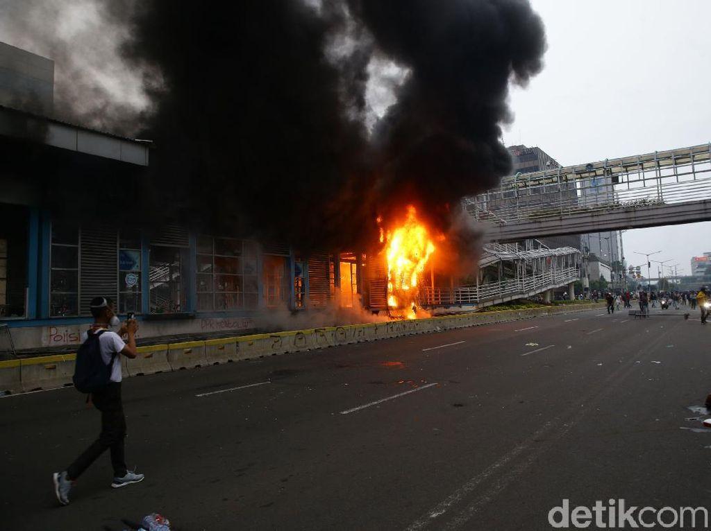 Imbas Demo, Ini Ruas Jalan di Jakarta yang Masih Ditutup hingga Sekarang