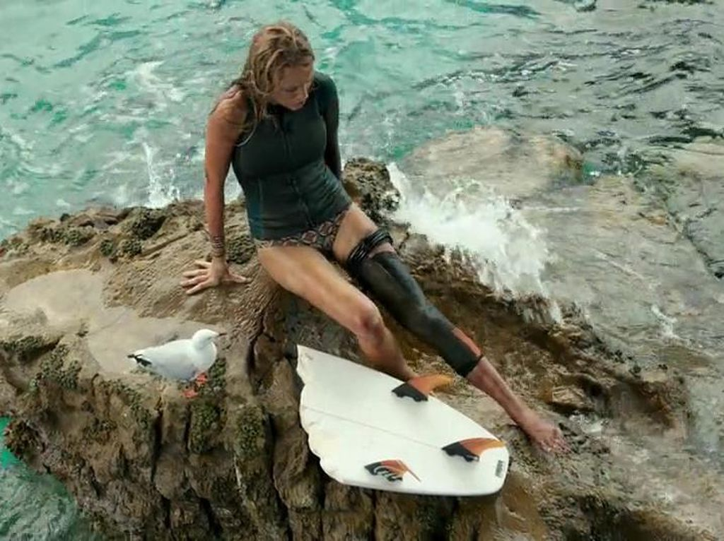 Sinopsis The Shallows, Aksi Blake Lively Melawan Hiu