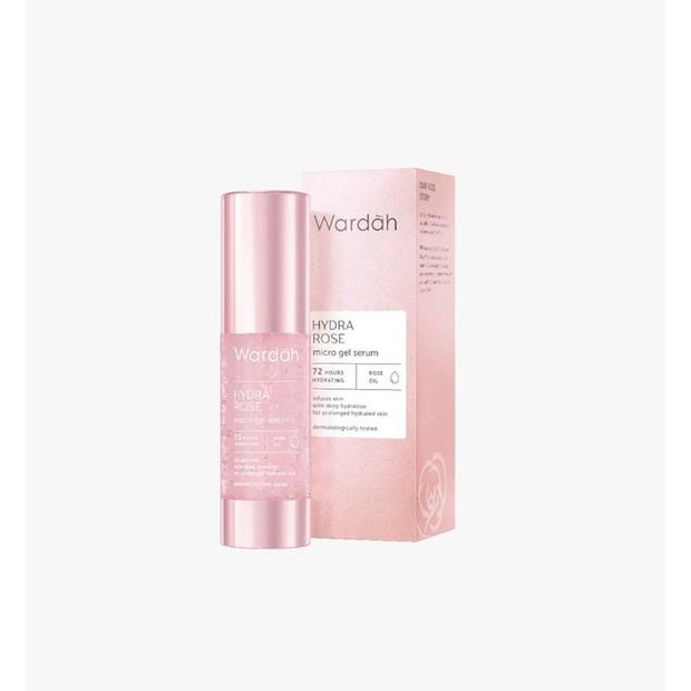 fokus paling mendalam dari produk ini adalah menghidrasi kulit secara lebih baik.