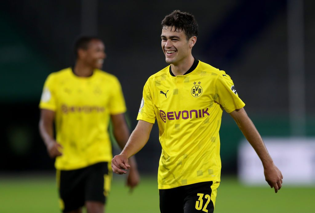 DUISBURG, GERMANY - SEPTEMBER 14: Giovanni Reyna of Dortmund smiles during the DFB Cup first round match between MSV Duisburg and Borussia Dortmund at Schauinsland-Reisen-Arena on September 14, 2020 in Duisburg, Germany. (Photo by Lars Baron/Getty Images)