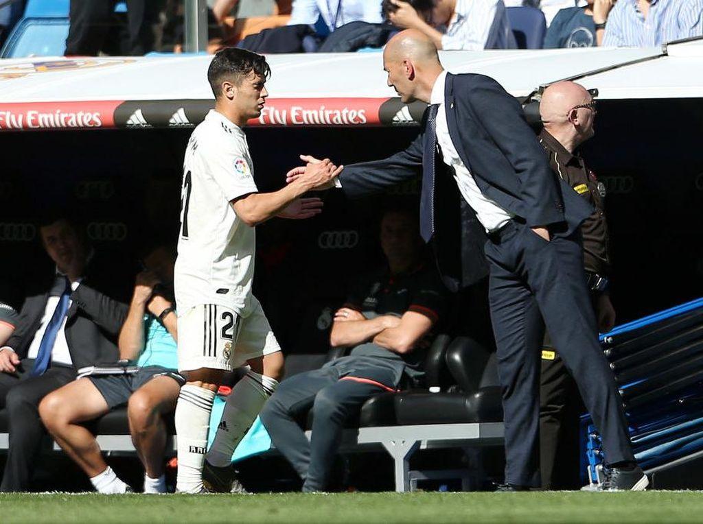 Saat Akan ke Milan, Brahim Diaz Dapat Pesan Begini dari Zidane
