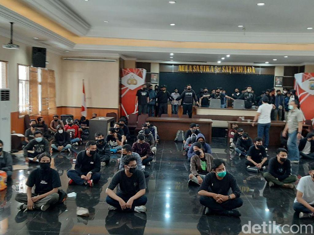 129 Pendemo Omnibus Law di Malang Diamankan, 20 Reaktif