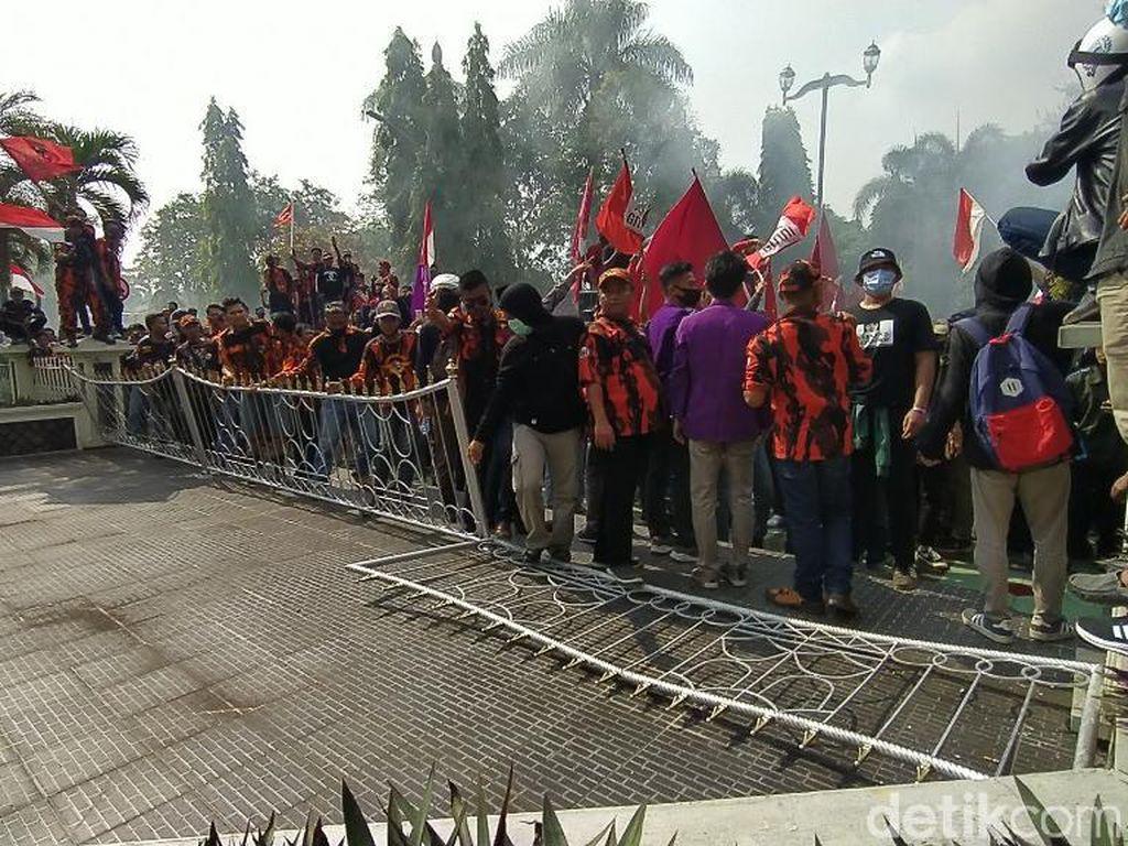 Anggota Komisi III DPR: Aksi Kemarin Murni, Tapi Ada Penumpangnya
