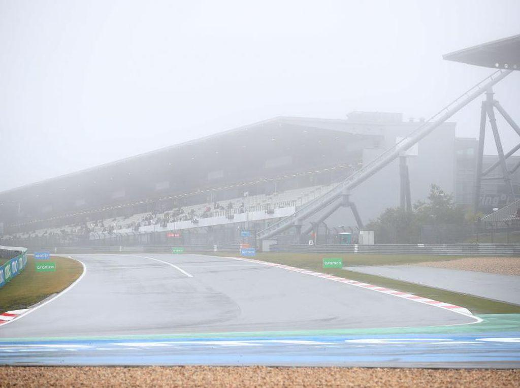 Sirkuit Berkabut dan Trek Licin, Free Practice 1 F1 GP Eifel Batal