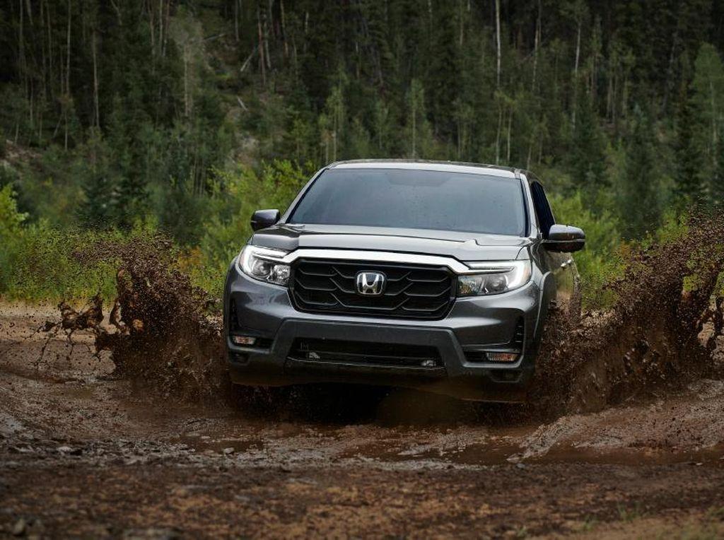Makin Macho, Honda Segarkan Pikap Penantang Hilux-Triton