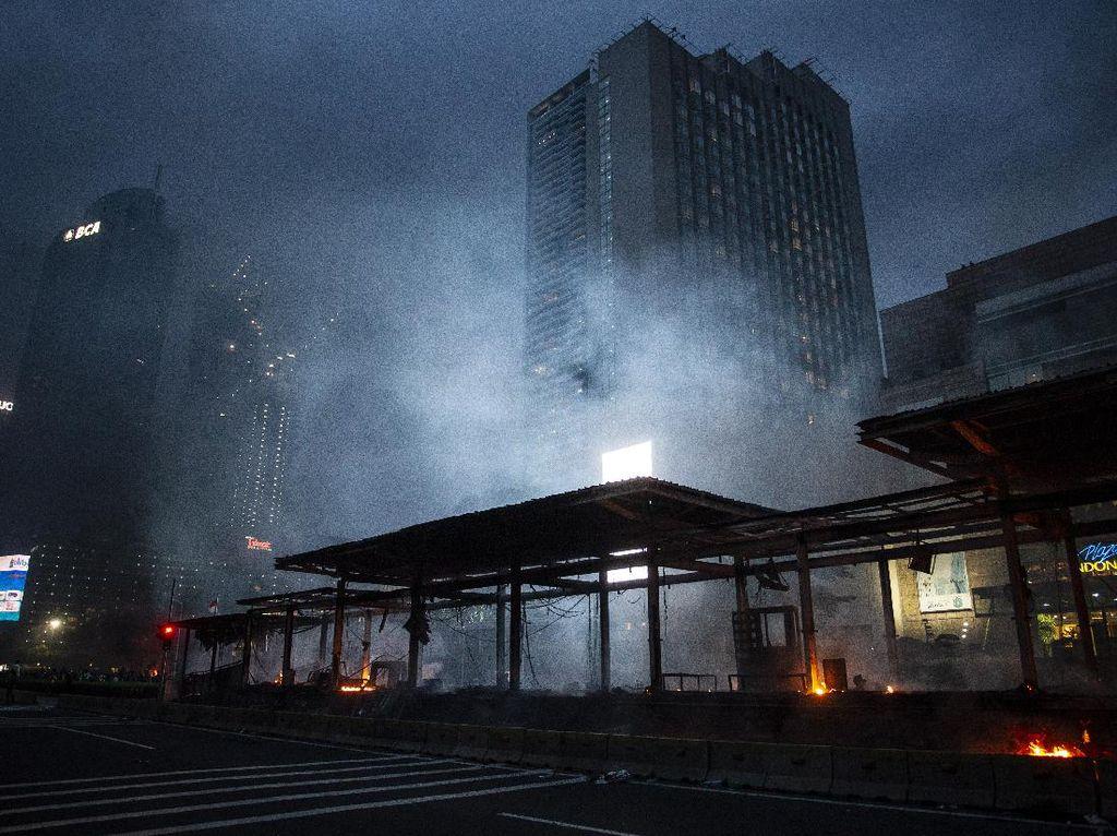 Halte Terbakar Akibat Demo Dipastikan Bisa Kembali Beroperasi
