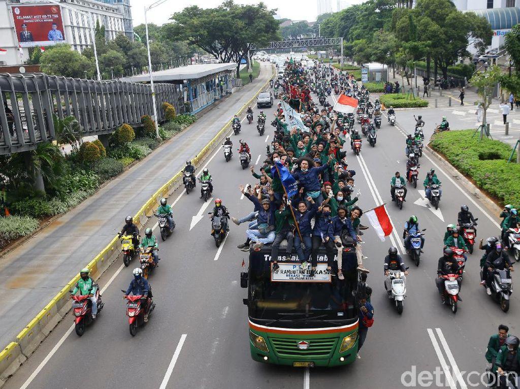 Video Imbas Demo, Anies Khawatir Kasus Corona Naik Seminggu ke Depan