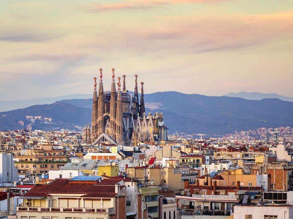 Cara Hotel-Hotel di Barcelona Bertahan Saat Pandemi
