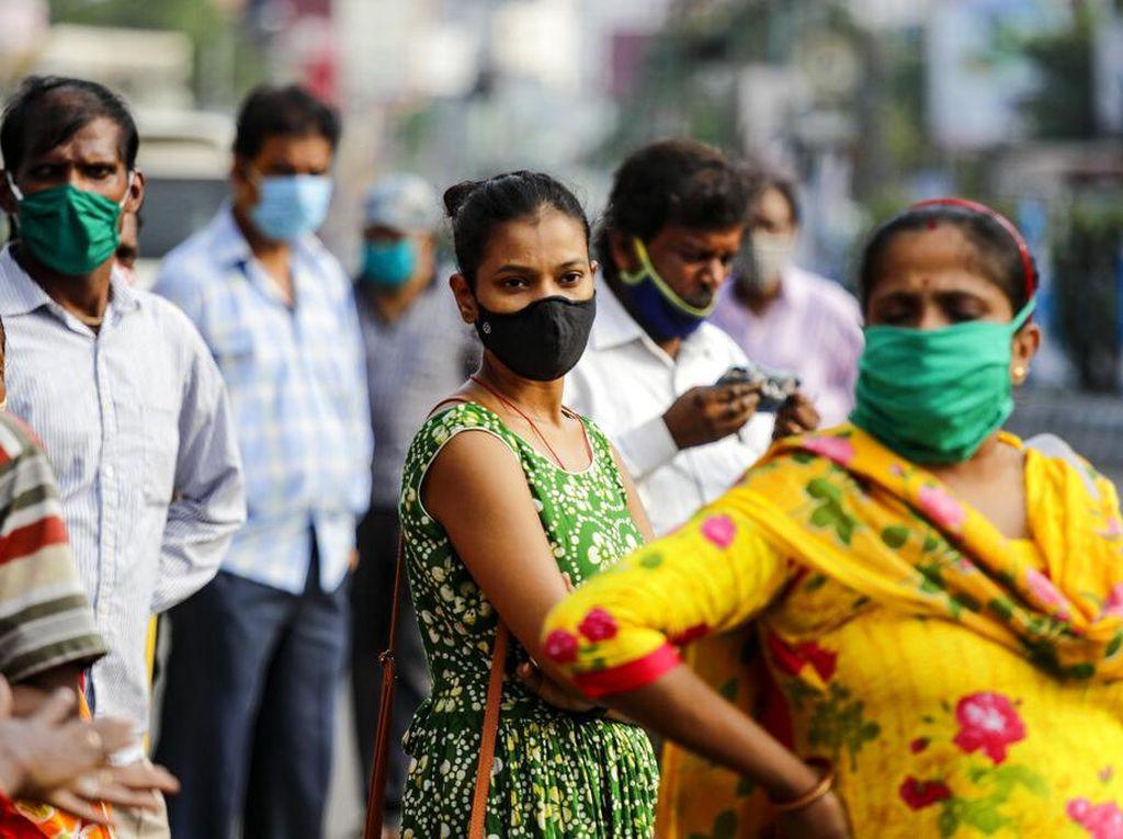 India Catat 100 Ribu Kasus Corona Sehari, Lansia Asia Tewas Ditikam di AS