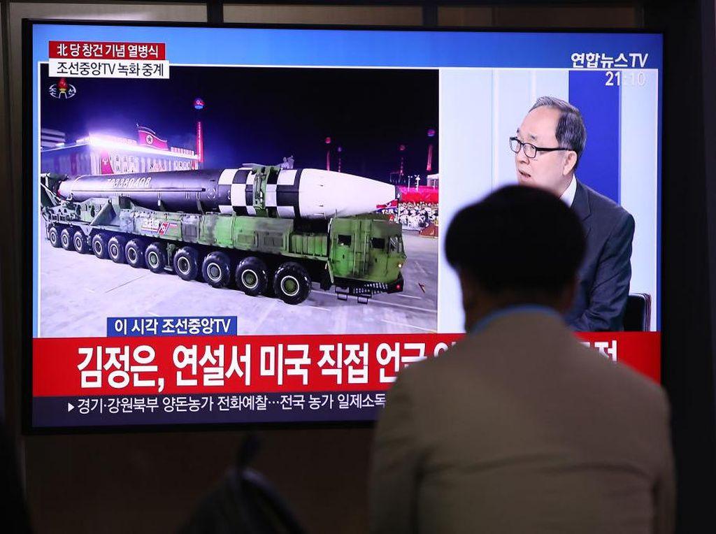 Paman Sam Kecewa Kala Korea Utara Pamer Rudal Antarbenua