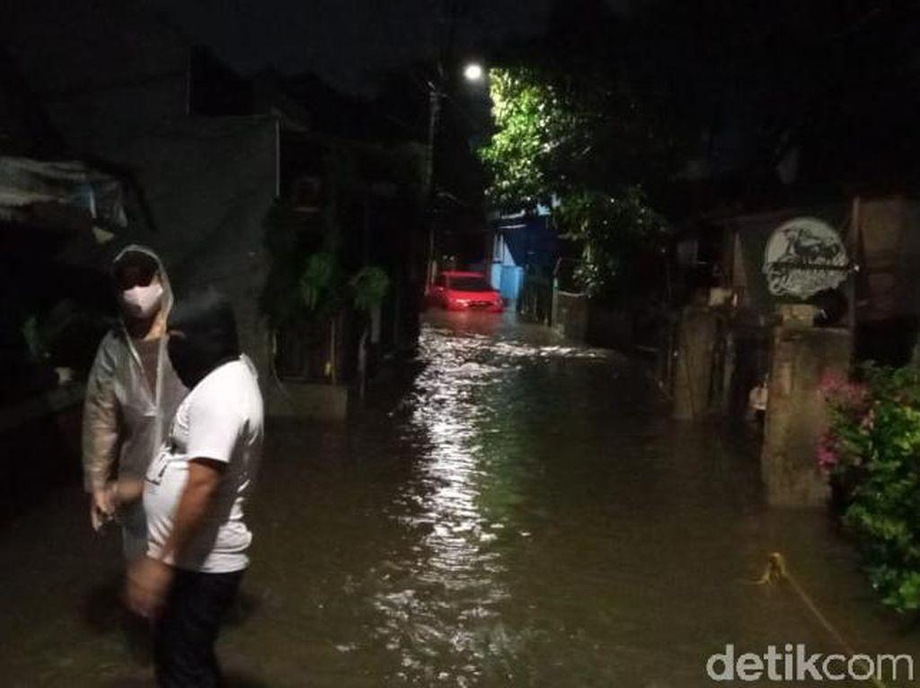 Ibu Hamil Jadi Korban Tewas Banjir di Ciganjur Jaksel