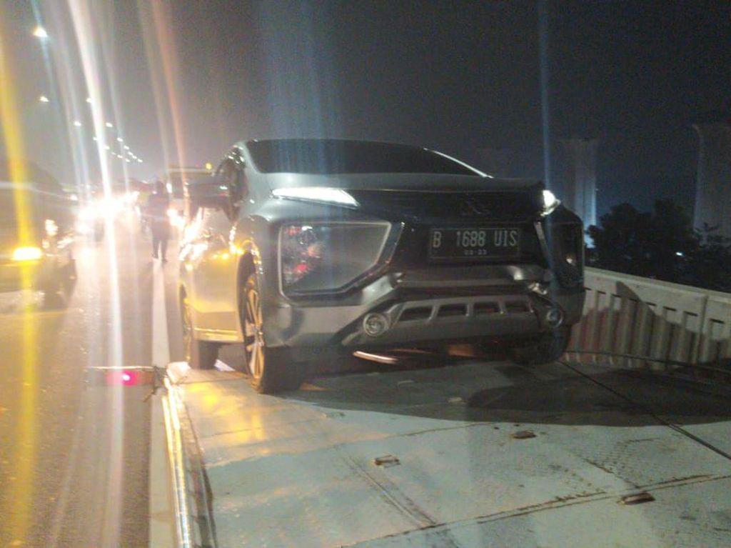 Ada Kecelakaan Beruntun, Tol Layang Cikampek Arah Jakarta Ditutup Sementara