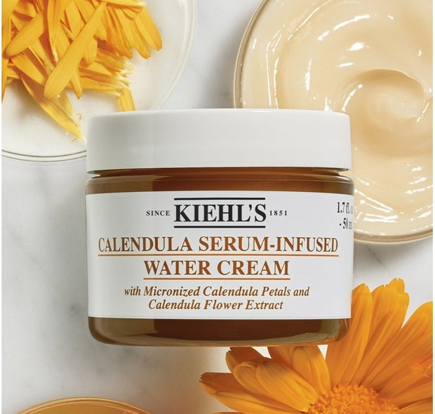 Produk satu ini bisa dipakai untuk semua jenis kulit guna mengatasi berbagai masalah kulit.