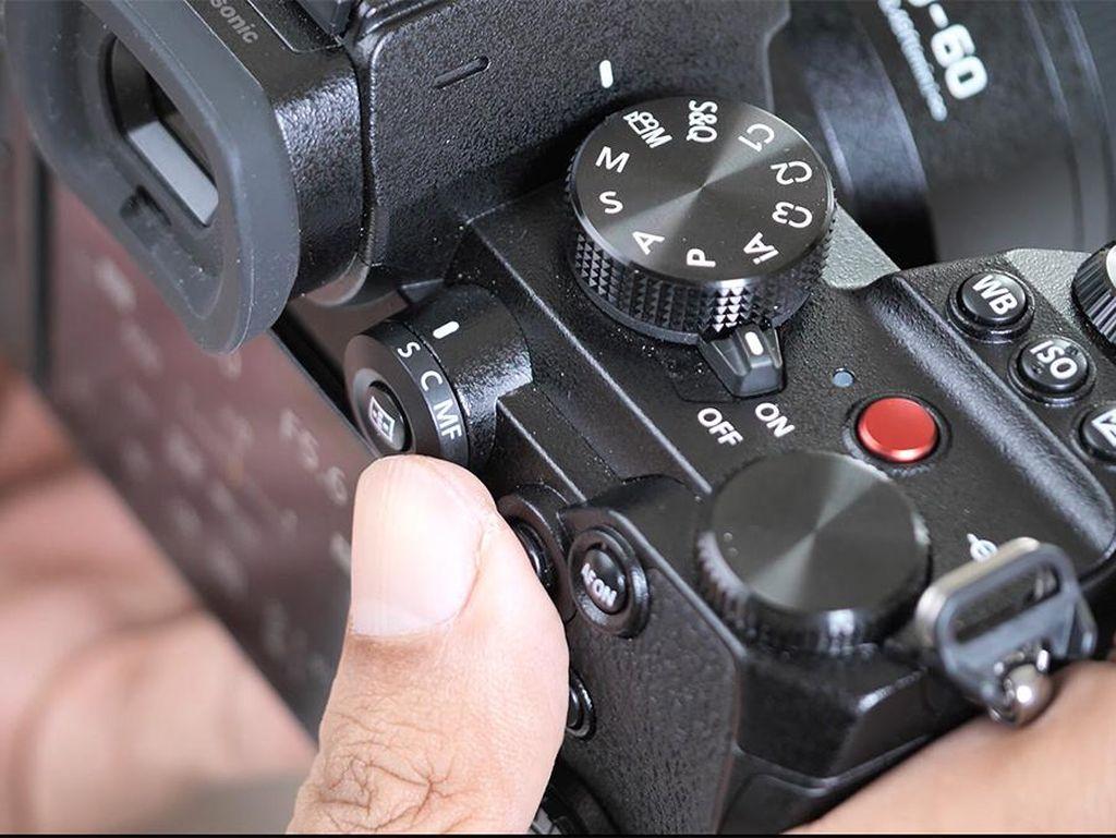 Panasonic Lumix S5, Kamera Hybrid untuk Kreator