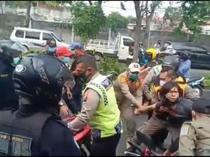 Viral Satpol PP Surabaya Bentak dan Piting Warga Tak Pakai Masker