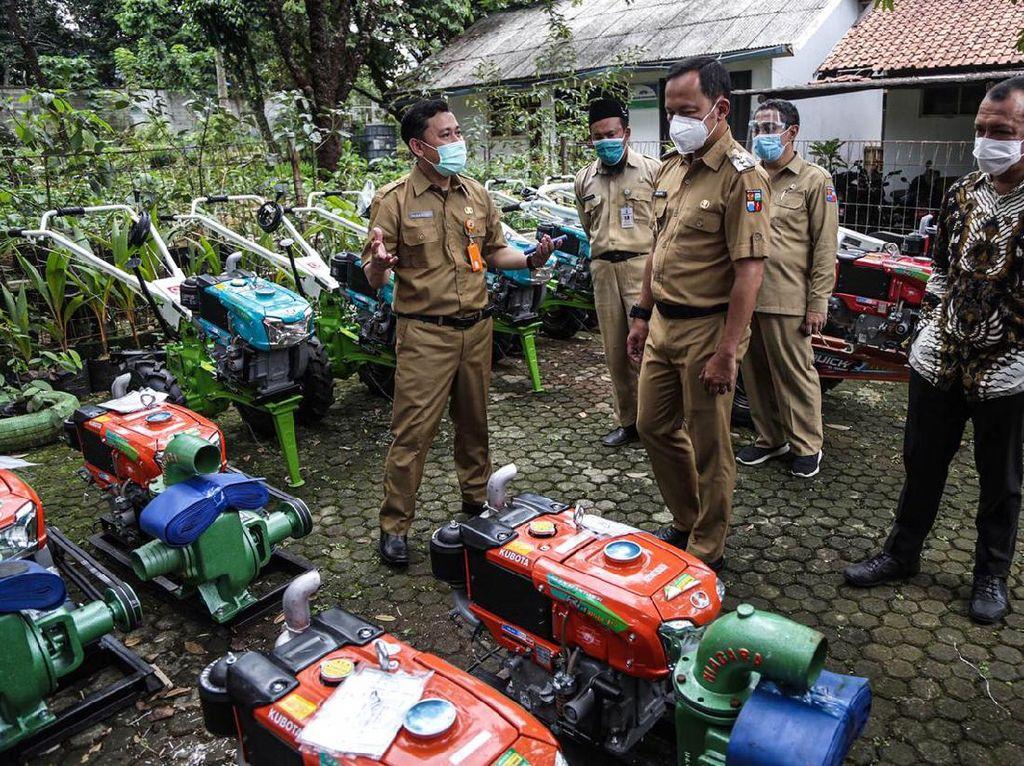 Puluhan Kelompok Tani Kota Bogor Dapat Bantuan dari Kementan & KKP