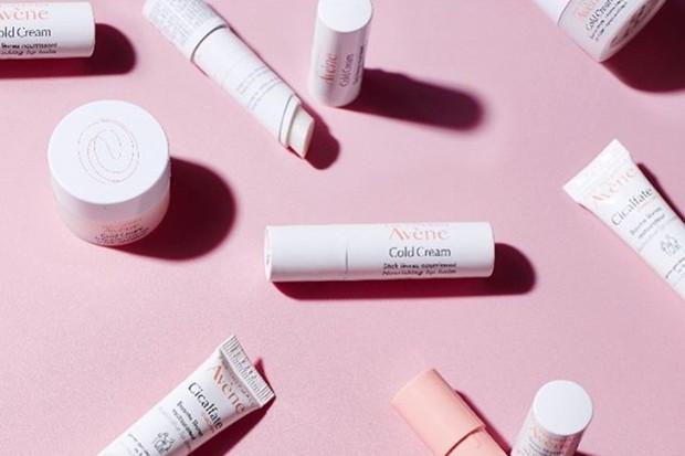 Avene Cold Cream Lip Cream adalah salah satu produk skincare dan makeup murah yang dipakai Kendall Jenner