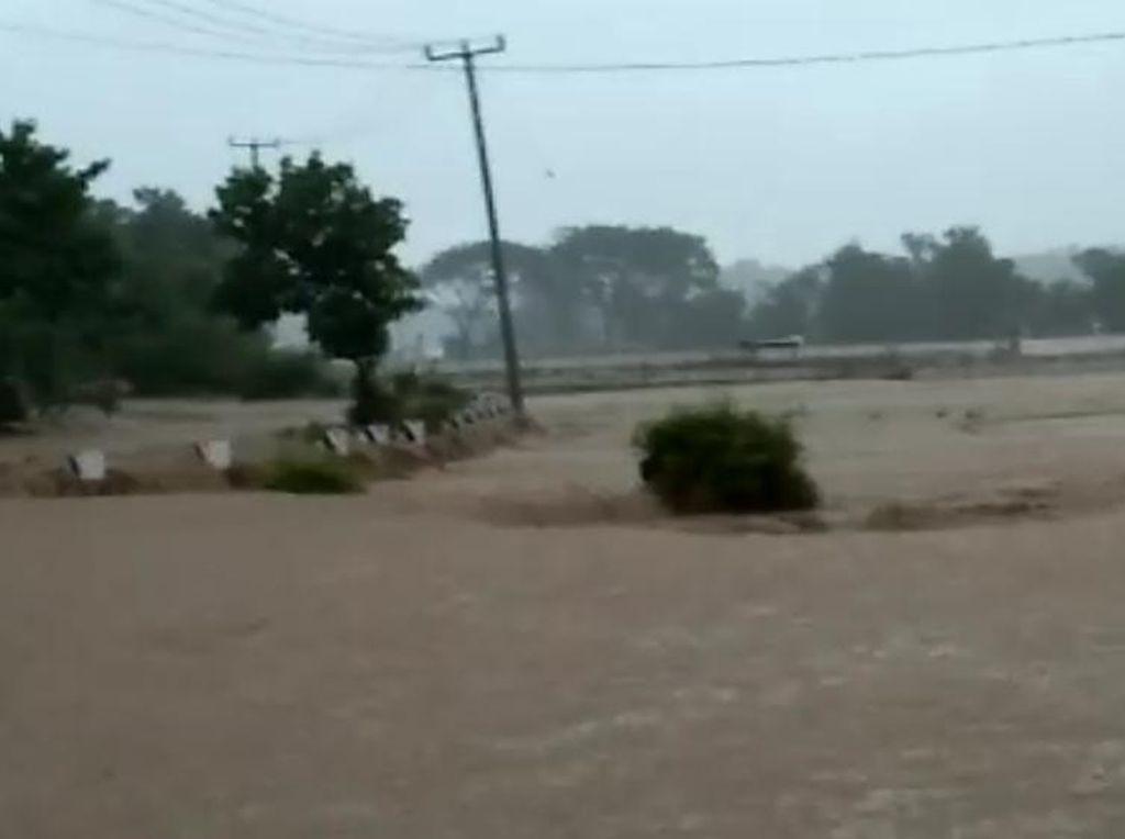 Jabar Hari Ini: Seribu Korban Banjir Ngungsi-1,2 Juta Warga Bogor Divaksin Corona