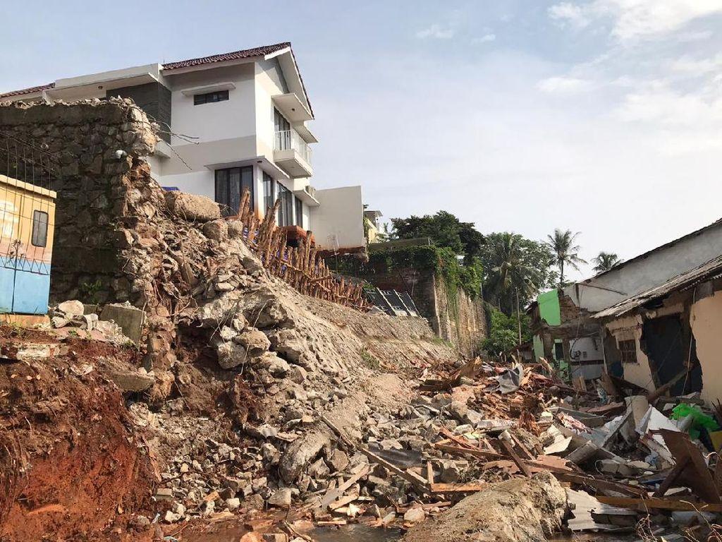 Pemprov Akan Tertibkan Bangunan Pinggir Kali Usai Banjir-Longsor Ciganjur