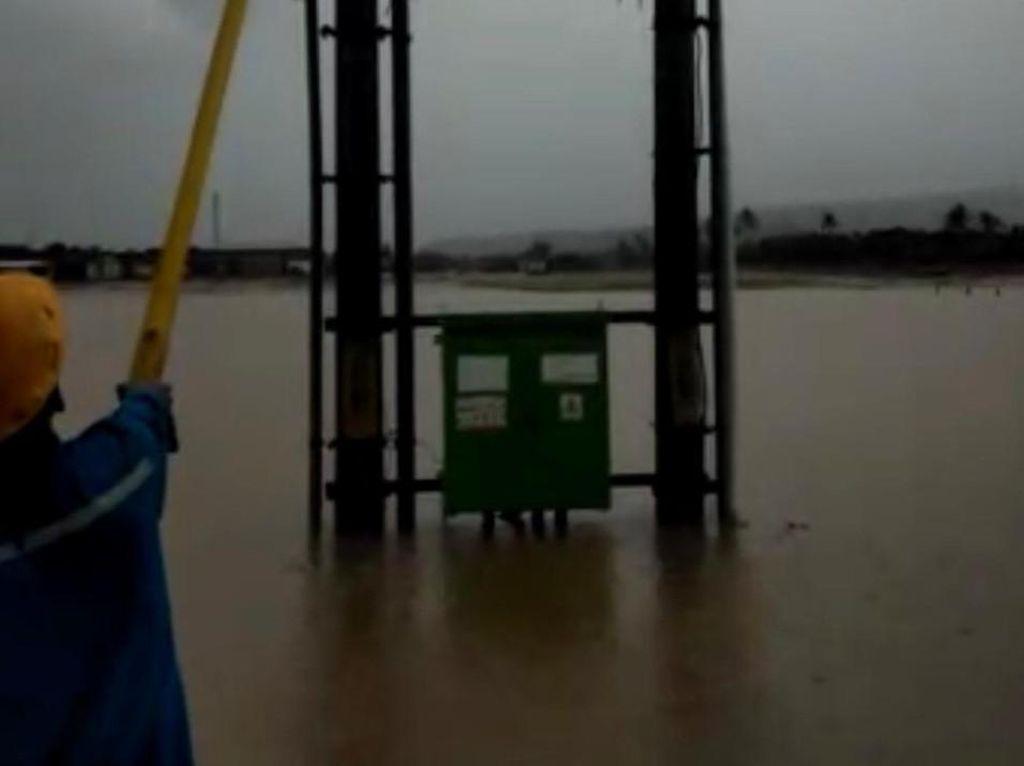 298 Gardu Terendam Banjir di Garut Selatan, Begini Langkah PLN