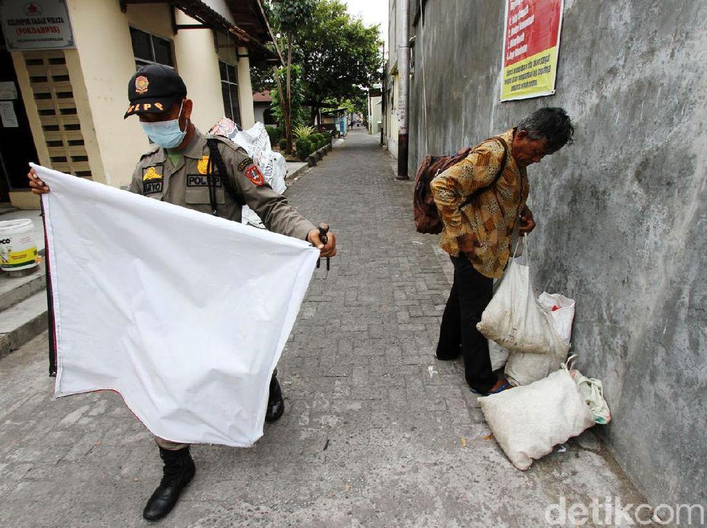 Bawaslu Jateng Tertibkan 37 Ribu APK Pilkada 2020, Terbanyak di Kendal