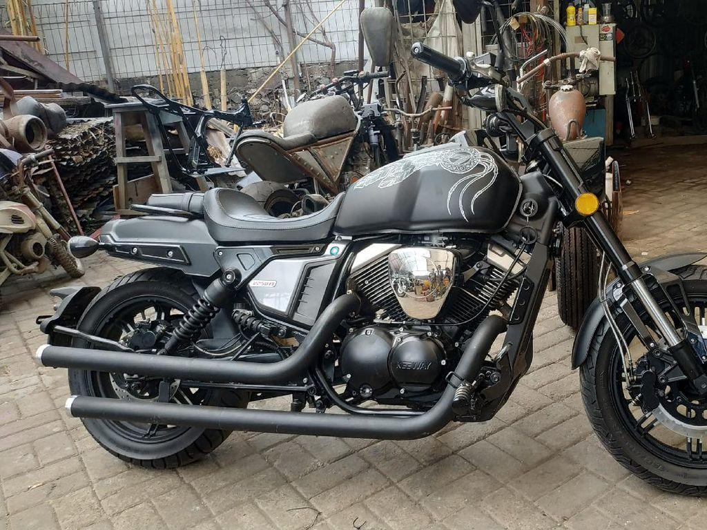 Benelli Siap Luncurkan Motor Cruiser 250 cc Nggak Pakai Rantai