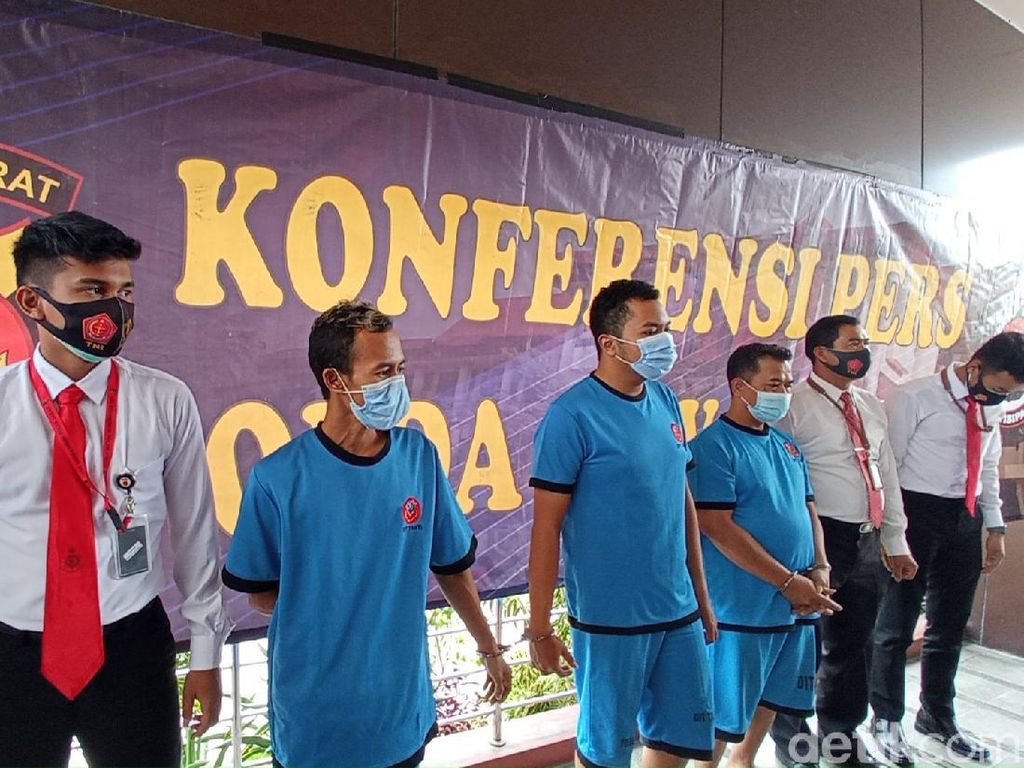 Polisi Selidiki Motif Demonstran Sekap-Aniaya Polisi di Bandung