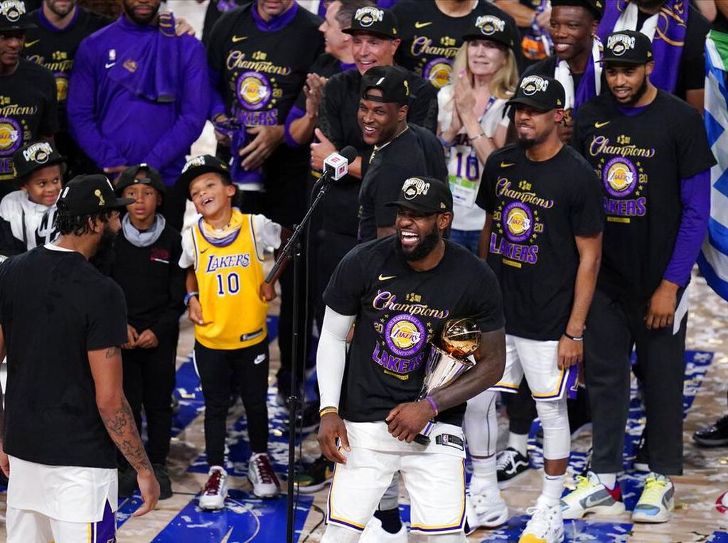 LA Lakers Sudah 17 Trofi NBA, Samai Boston Celtics