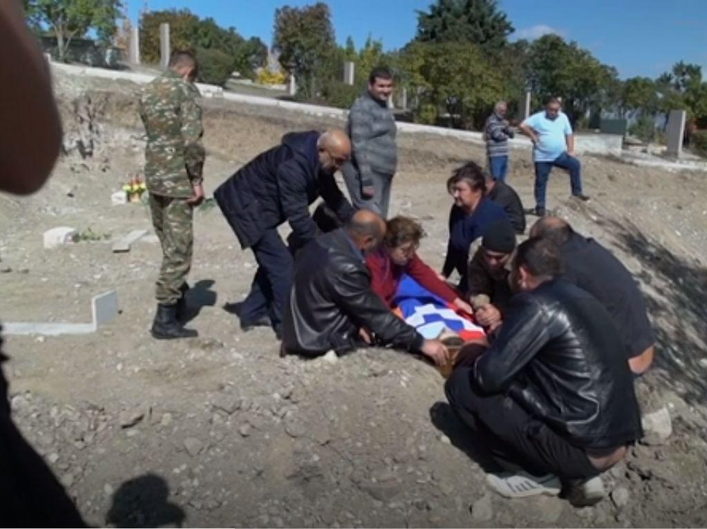 Video Haru Pemakaman Tentara Armenia Akibat Perang