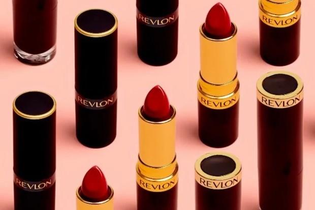Revlon Super Lustrous Matte Lipstick merupakan salah satu produk skincare dan makeup murah yang dipakai Gal Gadot