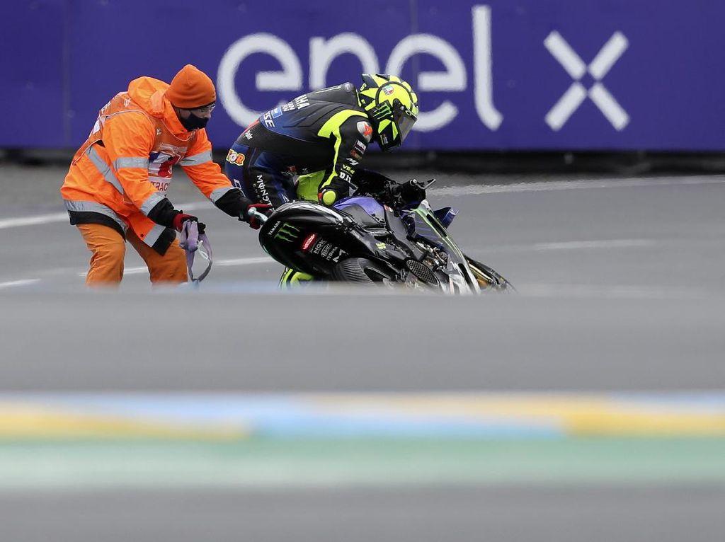 Rossi Kecelakaan Terus, karena Faktor U?