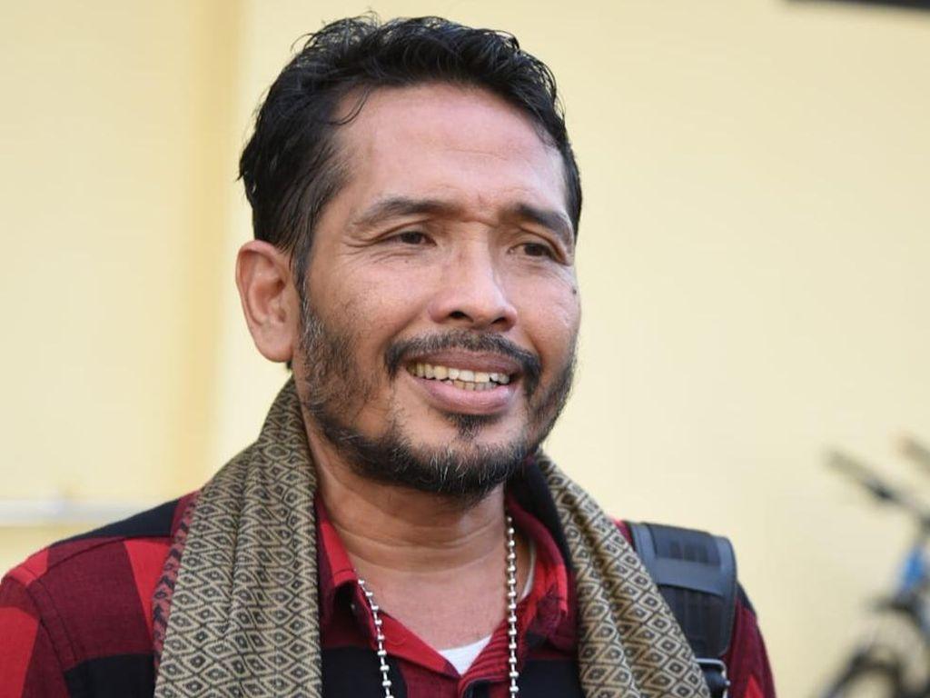 Aktivis Antimasker Banyuwangi Jemput Paksa Jenazah COVID-19 Penuhi Panggilan Polisi