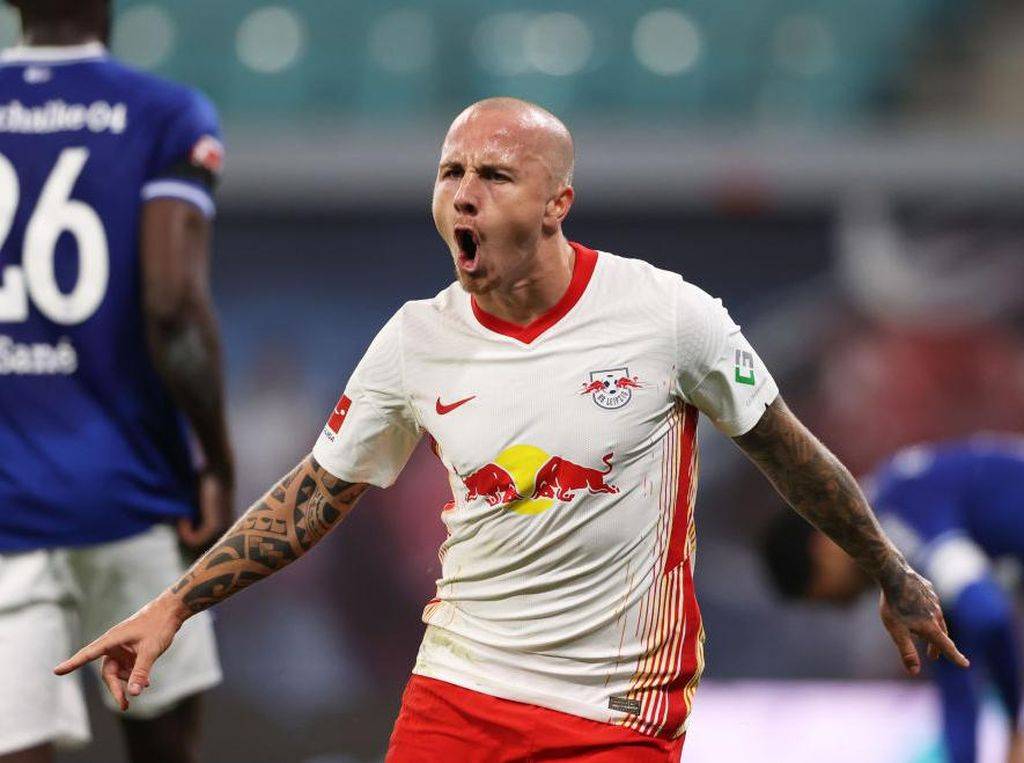 Bek Leipzig Ini Remehkan MU di Liga Champions?