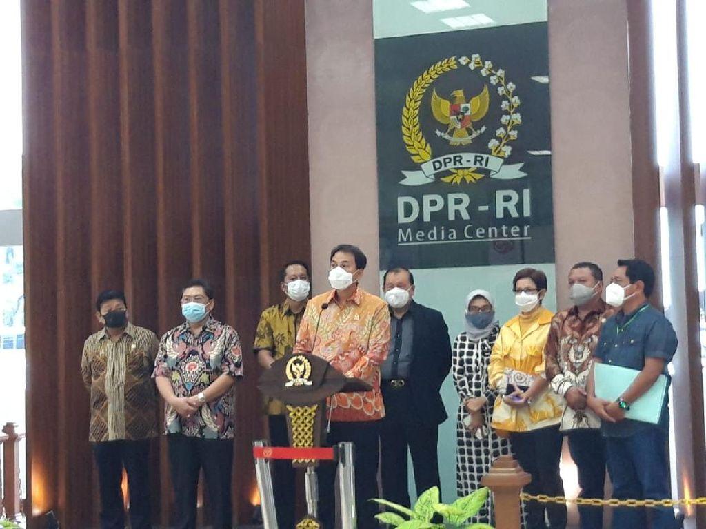 Video DPR Buka Suara soal UU Ciptaker, Mulai Proses hingga Pengesahan