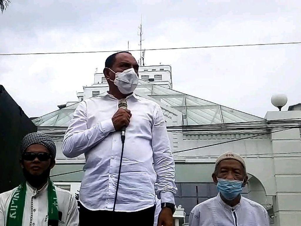 Gubsu Temui Massa Demo Omnibus Law: Orang Ribut, tapi Barangnya Tak Ada