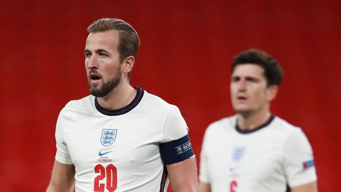 LONDON, ENGLAND - OCTOBER 11: Harry Kane of England looks on during the UEFA Nations League group stage match between England and Belgium at Wembley Stadium on October 11, 2020 in London, England. Football Stadiums around Europe remain empty due to the Coronavirus Pandemic as Government social distancing laws prohibit fans inside venues resulting in fixtures being played behind closed doors. (Photo by Ian Walton - Pool/Getty Images)