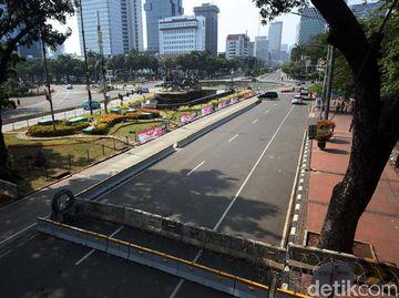 Jelang Demo Omnibus Law, Jalan Medan Merdeka Barat Ditutup