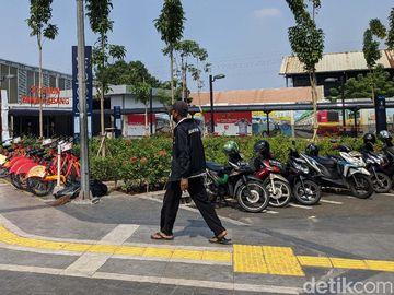 Jelang Demo Omnibus Law, Kawasan Tanah Abang Terpantau Normal