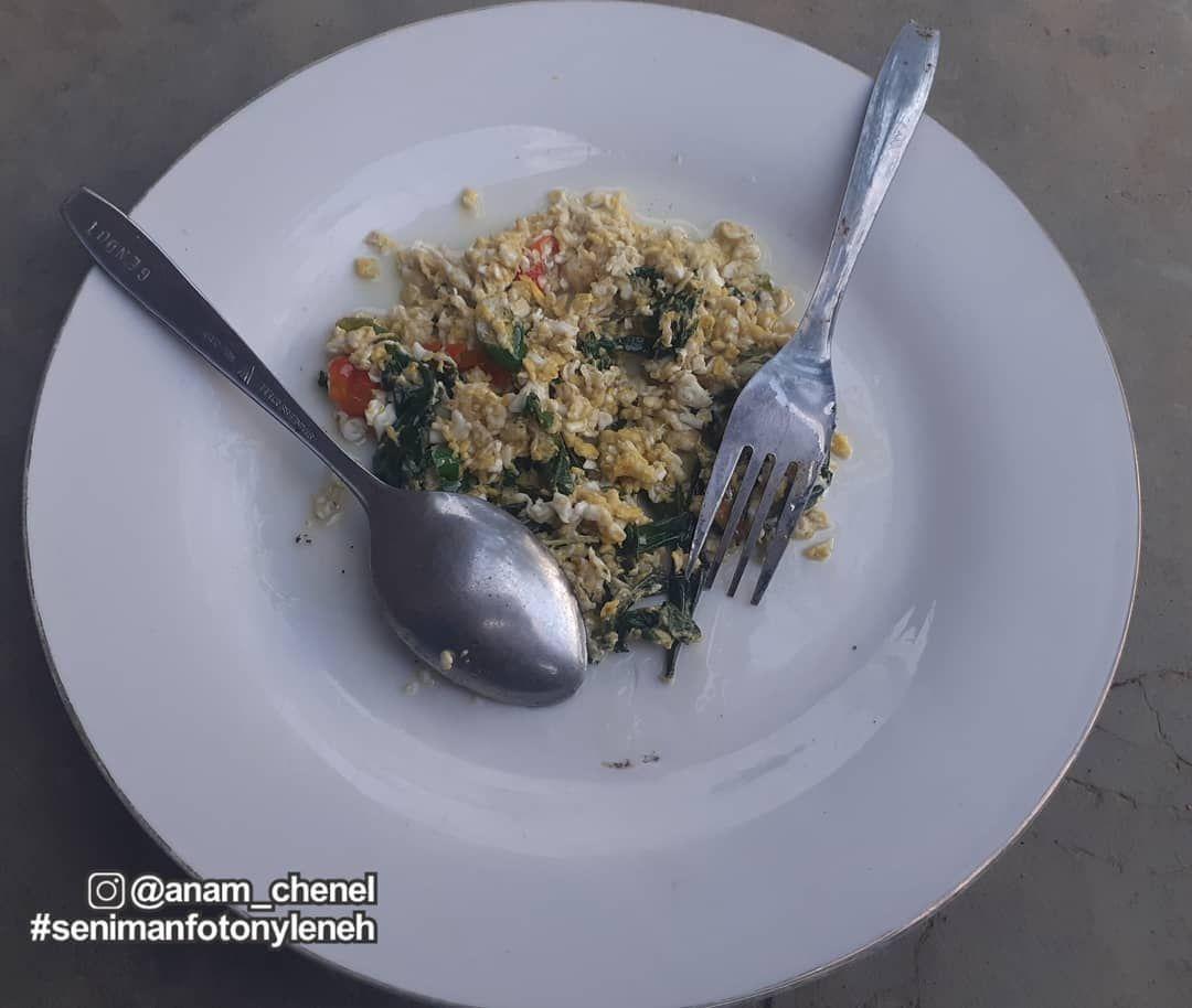 Jual Nasi Goreng Tanpa Nasi, Warung Ini Bikin Netizen Kesal