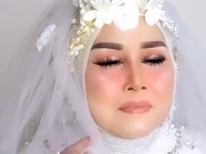 Viral Nenek 70 Tahun Didandani Agar Mirip Barbie, Jadinya Mirip Elvy Sukaesih