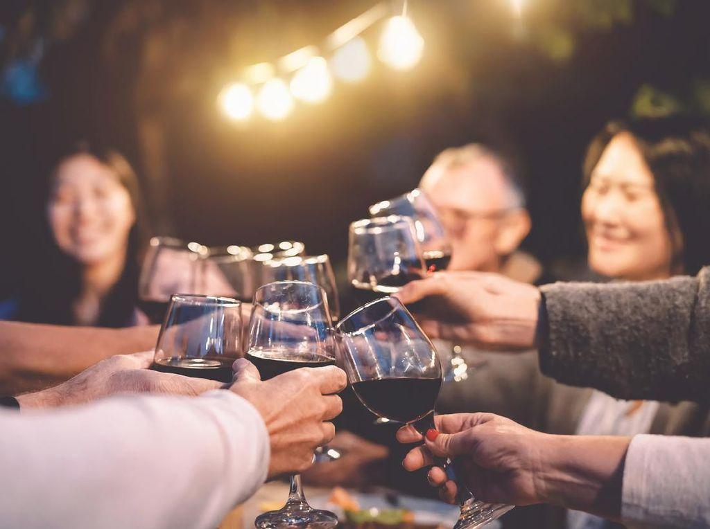 Hotel Bali: Bagaimana Turis Datang Kalau Tidak Ada Minuman Beralkohol?