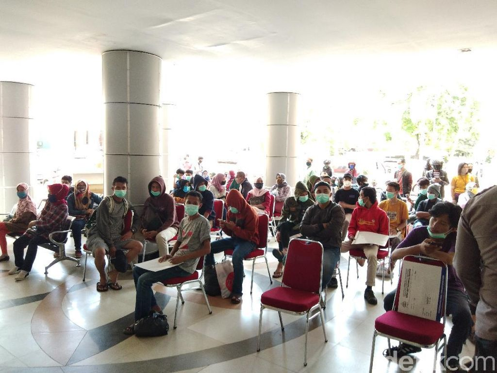 Hasil Swab Negatif COVID, 30 Pendemo Ricuh di Makassar Dipulangkan