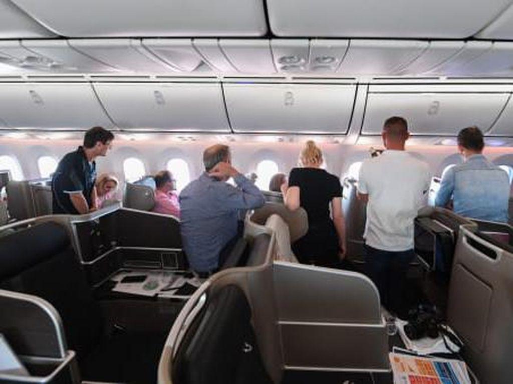Foto Suasana Penerbangan ke Antah-berantah dari Qantas