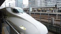 Shinkansen yang Sepi Hingga Wanita yang Ajak Anjing Gigit Dildo