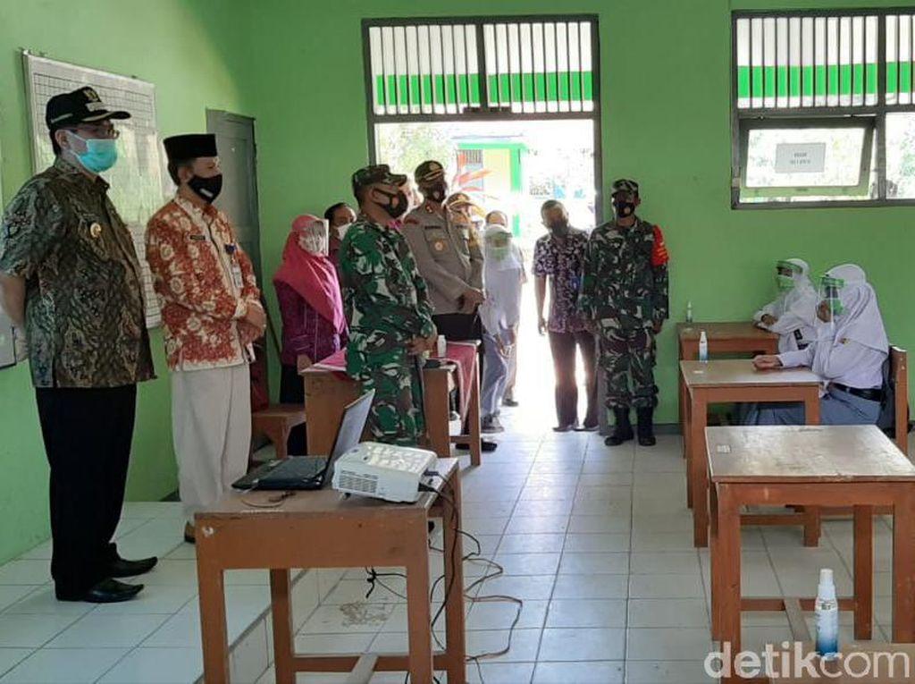 SMA di Rembang Ini Jadi Percontohan Sekolah Tatap Muka 3 Kabupaten