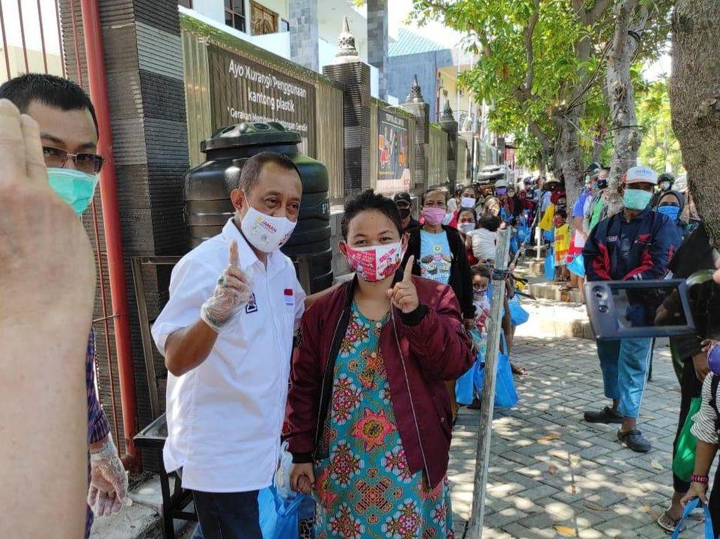 Bertemu Warga Buddhis, Armuji Jamin Tak Ada Diskriminasi di Surabaya